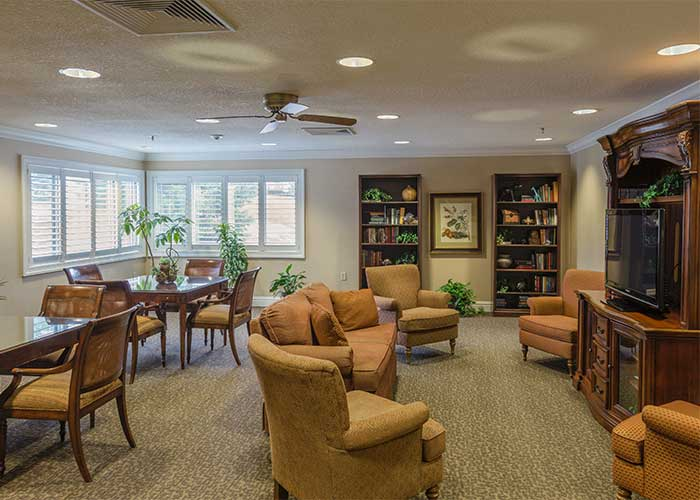 The Towne House Retirement Community Senior Living room
